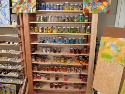 painting studio 00-0175